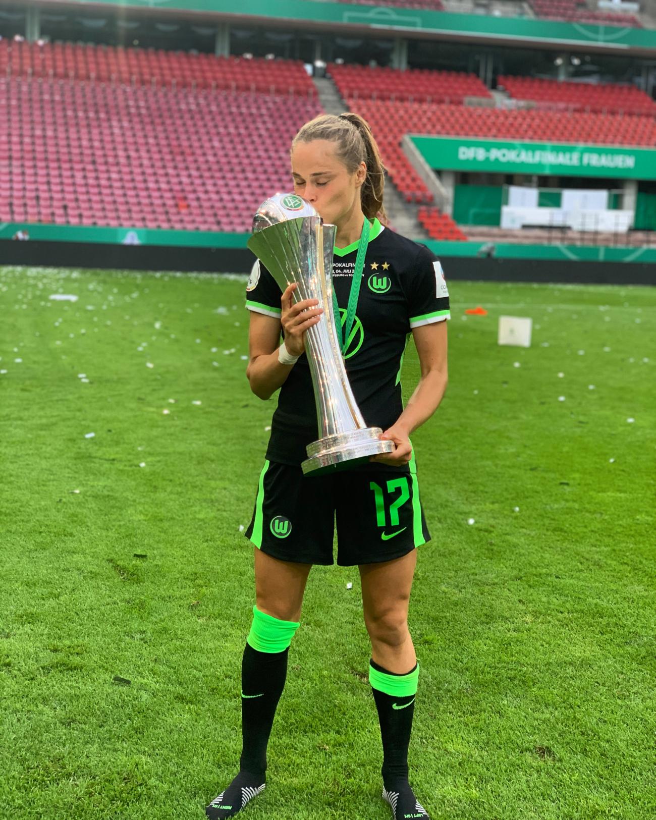 Ewa Pajor polska piłkarka wywalczyła z VfL Wolfsburg 5 DFB Pokal w swojej karierze